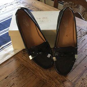 Euc  Coach loafers